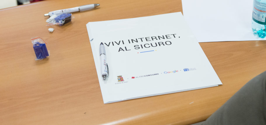 """4° Tappa Del Progetto """"Vivi Internet, Al Sicuro"""" A Napoli"""