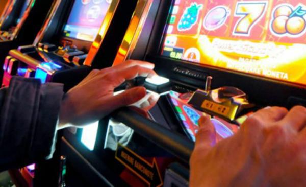 Gioco D'azzardo, La Segnalazione Dell'Agcom Boccia Il Governo